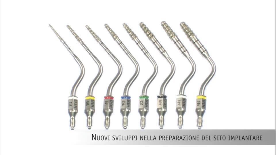 Punte soniche per la preparazione del sito implantare